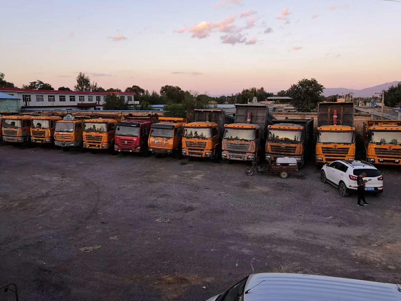 车队出售车况精品的金刚奥龙自卸车50台二手车