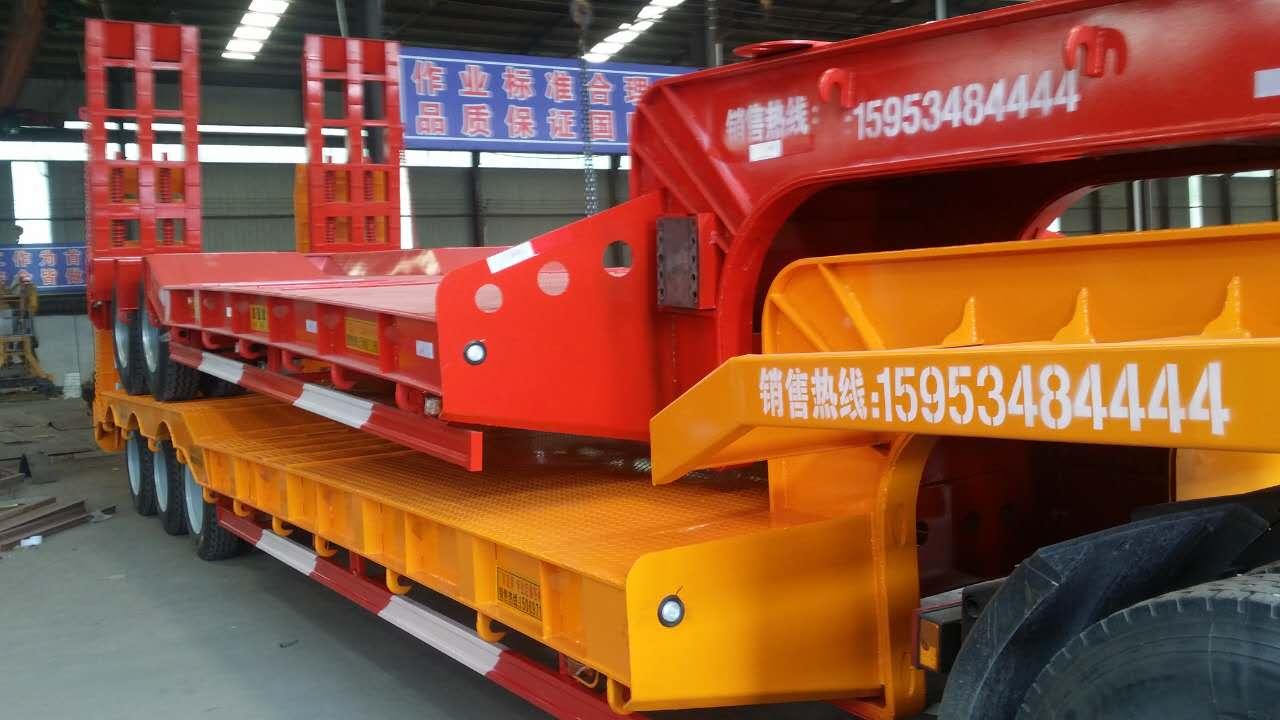 哪里专业订做9米10米11米12米13米13.75米低平板 拖车