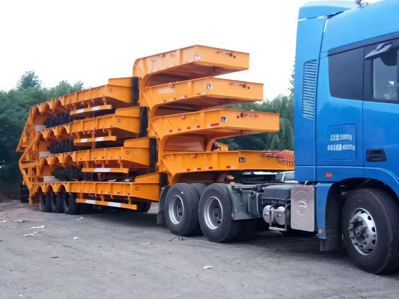 钩机拖板半挂车出厂价格 9.5-13米挖掘机运输车二手车