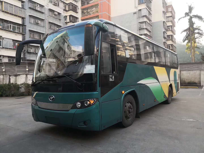 9.9米24-45座宇通豪华版客车