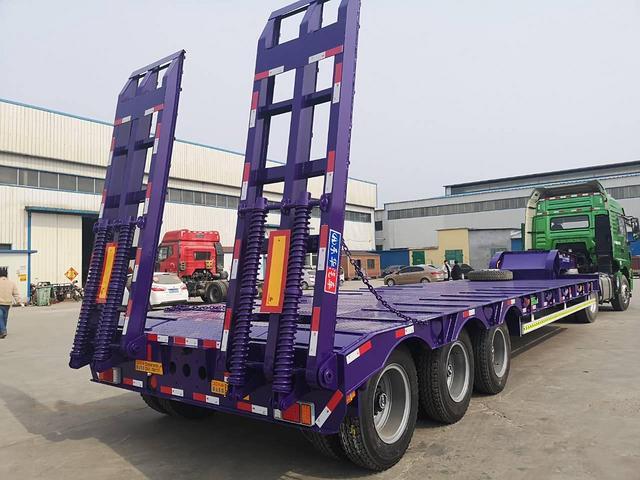 整车订做11.5米 13米挖掘机拖板 钩机板运输车 二手车