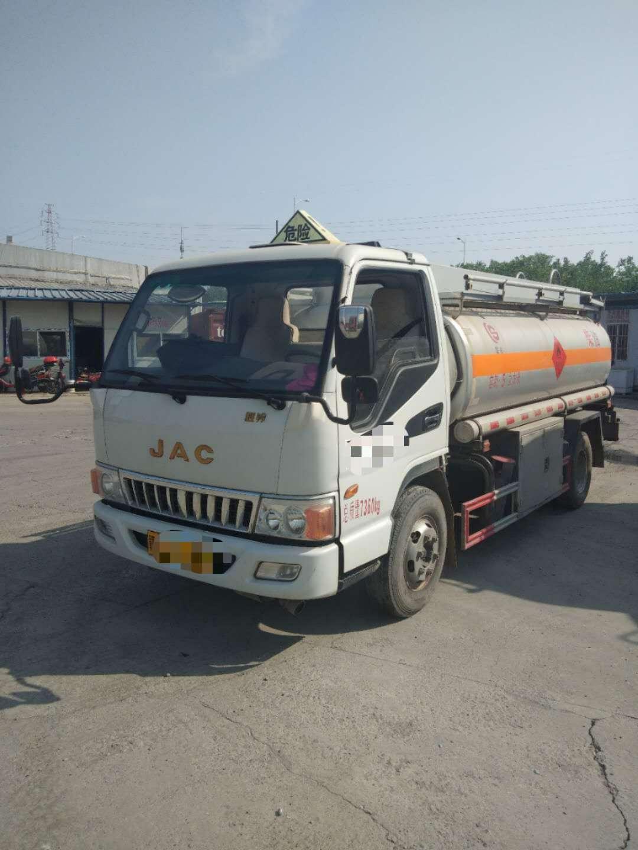 江淮5吨油罐车二手车