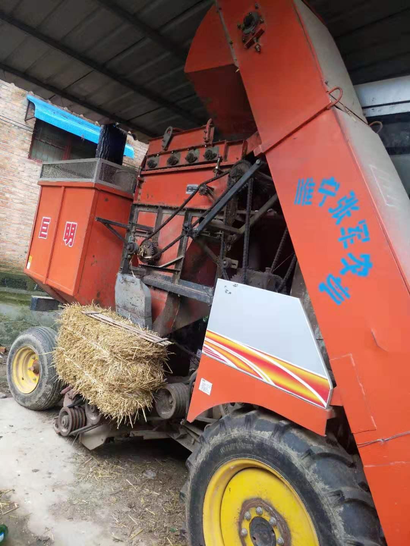 巨明玉米收割机二手车
