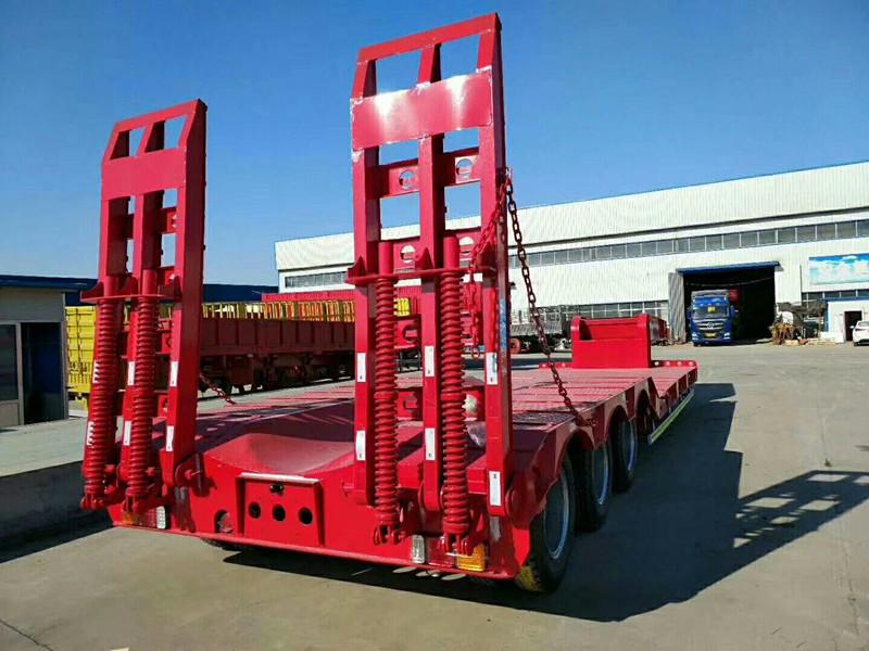 專業訂做大件機械工程運輸車 鉤機板半掛車二手車