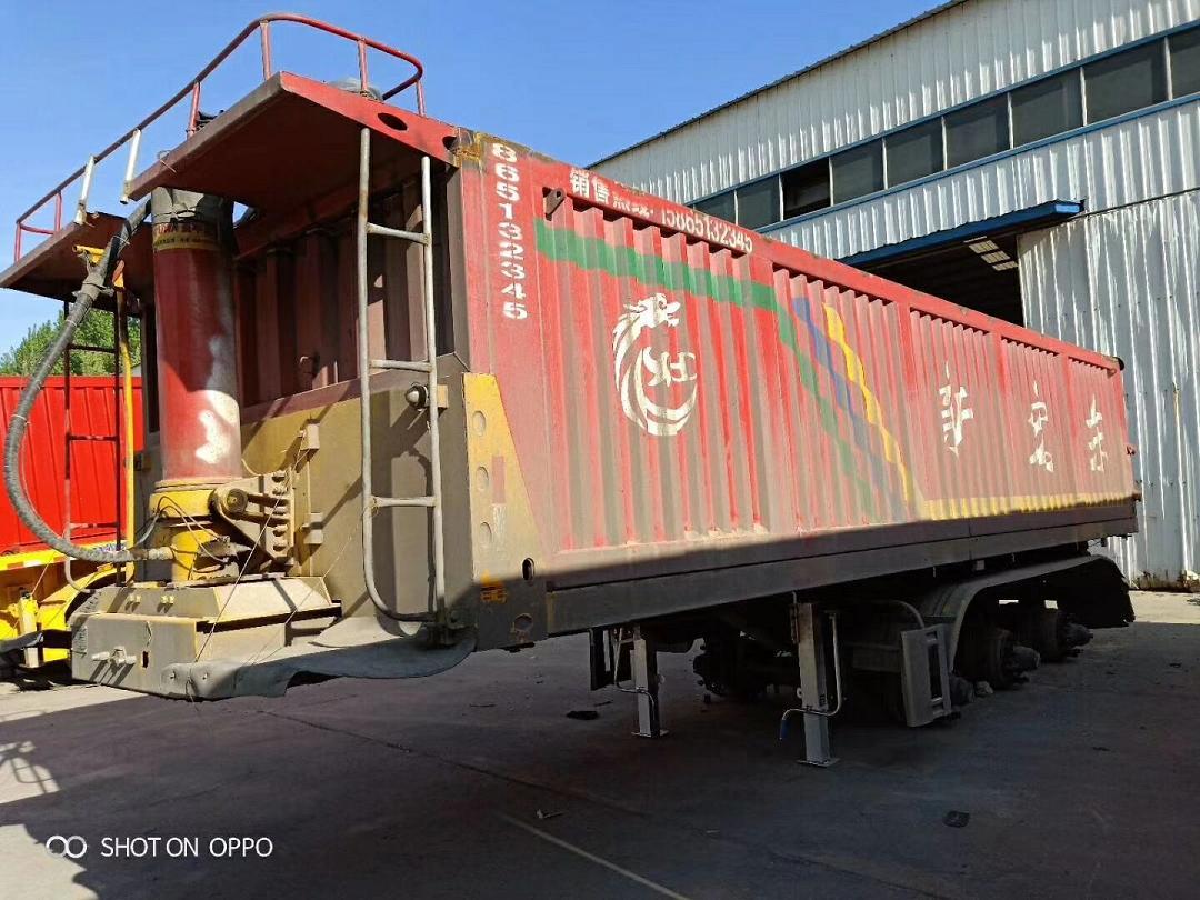 常年出售二手多種規格半掛后翻自卸車