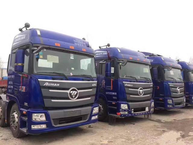 出售二手欧曼双驱牵引车430马力国五排放