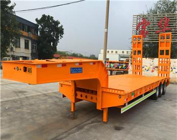 贵州专业定做13米挖掘机运输车