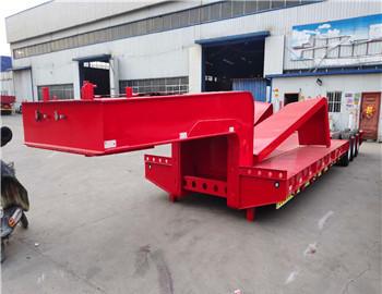 海南13米轻型挖掘机半挂车 专业定做