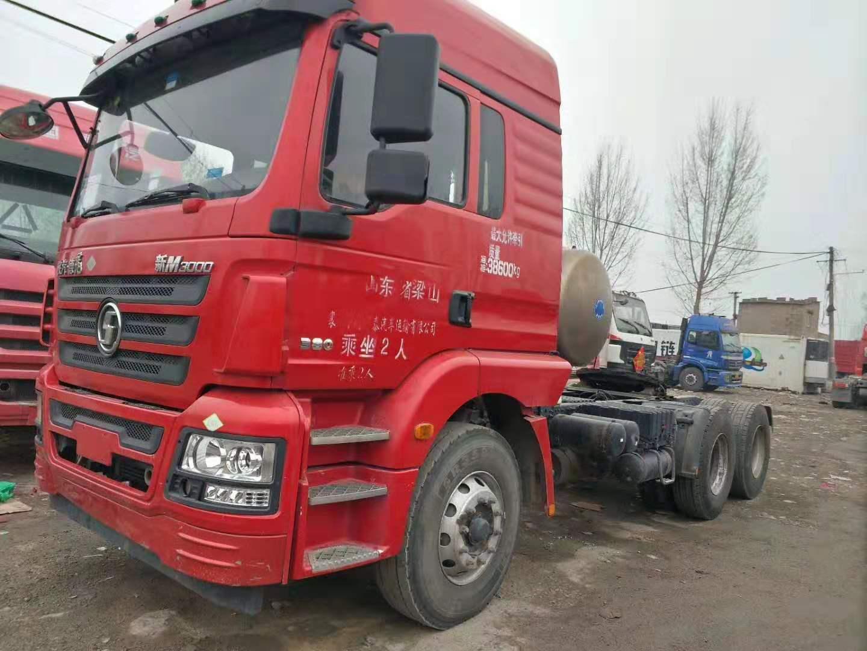 二手LNG天然汽陜汽德龍雙驅輕體380馬力國五牽引車二手車