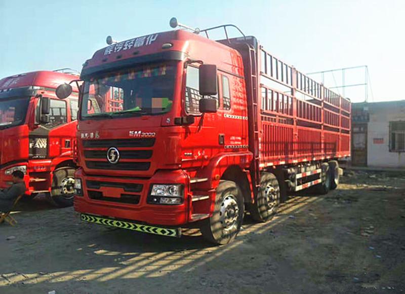 出售陕汽德龙M3000前四后八9米6高栏货车