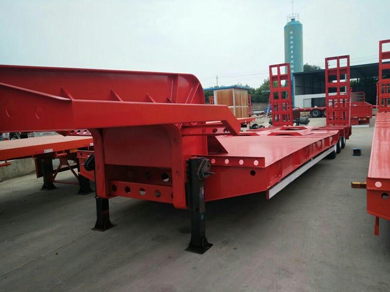 山西包牌定做13米挖掘機運輸車 保拉60噸