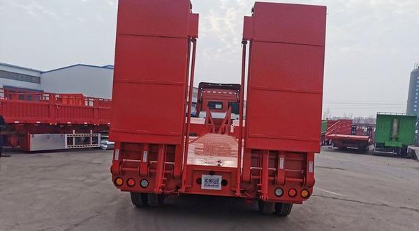 江西訂做2/3橋挖掘機板工程機械運輸車二手車