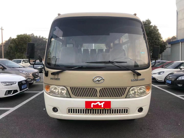 苏州金龙中型19座客车二手车