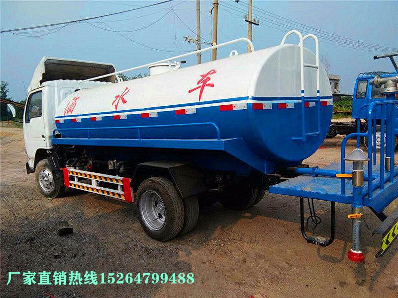 山东梁山出售多功能洒水车8至12吨价格优惠