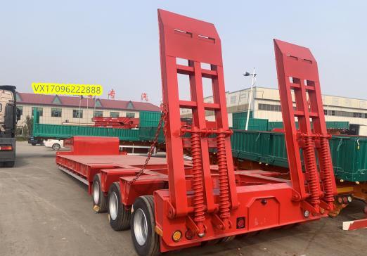13米轻型挖掘机运输车 全国发货二手车
