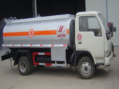 5吨油罐车