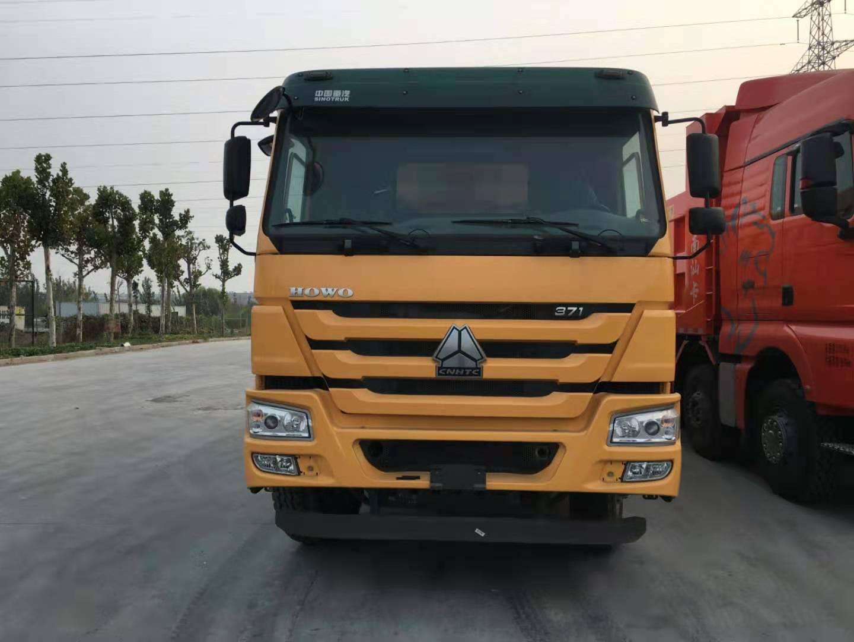 重汽豪沃371马力大泵自卸车5.8自卸车黄色