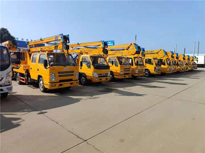 蓝牌高空作业车价格_21米直臂高空作业车_生产厂家在哪里_安监控高空作业车