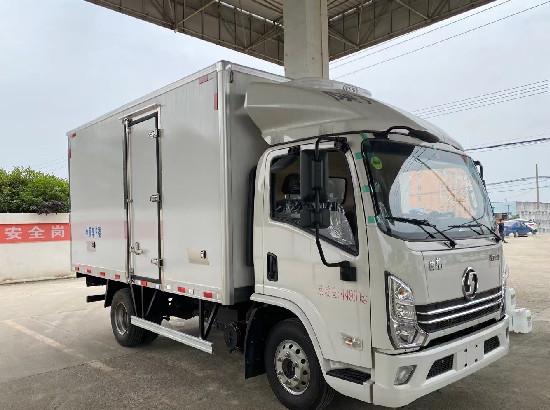 国六蓝牌陕汽德龙K3000冷藏车价格_陕汽4.2米国六冷藏车多少钱