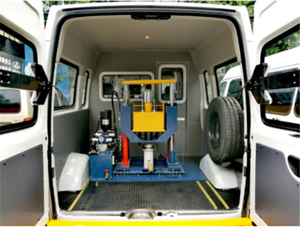 公路路面檢測車_路面一體式檢測_車載式落錘彎沉儀自動檢測車