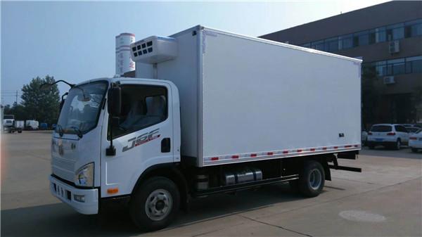 大型冷藏車報價大全 國六解放J6L冷藏車7.6米蔬菜水果冷藏運輸車多少錢