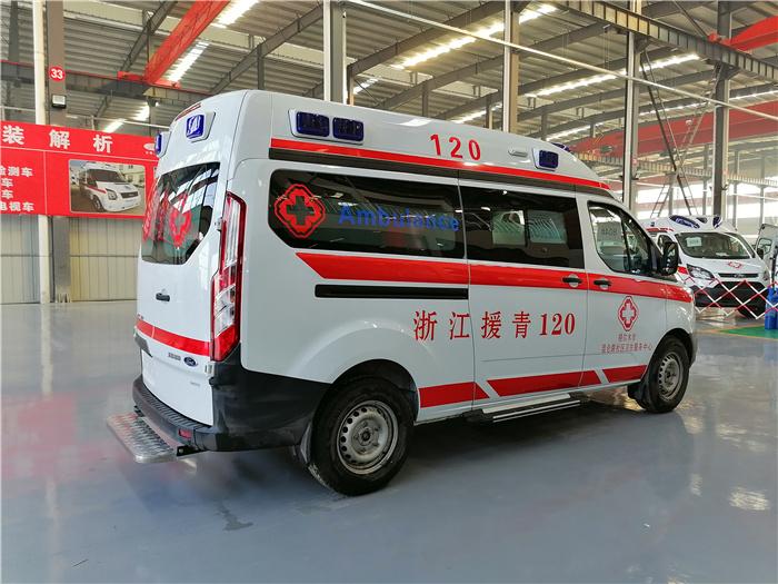 緊急救護車報價_福特V362救護車_多少錢一輛