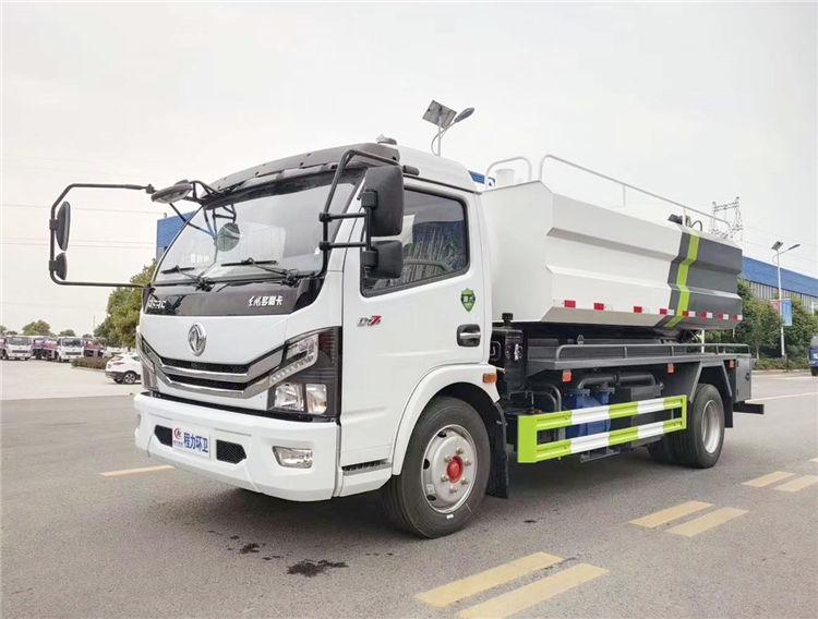 国六东风多利卡D7清洗吸污车-10方下水道联合疏通车厂家价格