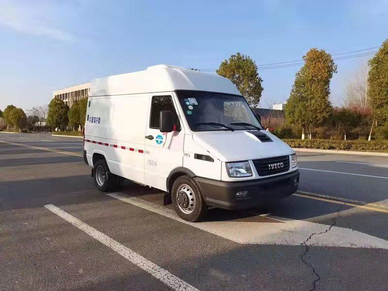 好物分享:国六依维柯厢式冷藏车 药品疫苗运输车报价