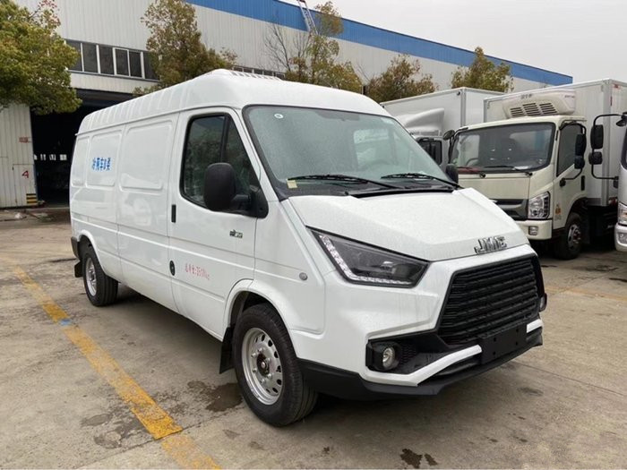 国六江铃特顺面包冷藏车(厢长2.8米)蓝牌面包冷藏车多少钱