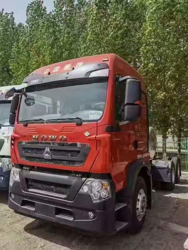 重汽TX天然气牵引车曼火红440马力国六排放