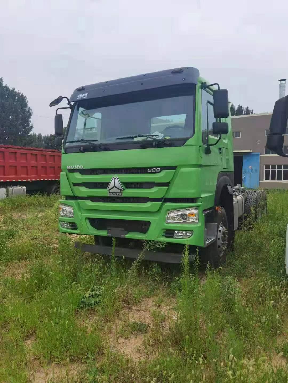 重汽豪沃6*4國五380馬力自卸車底盤 綠色