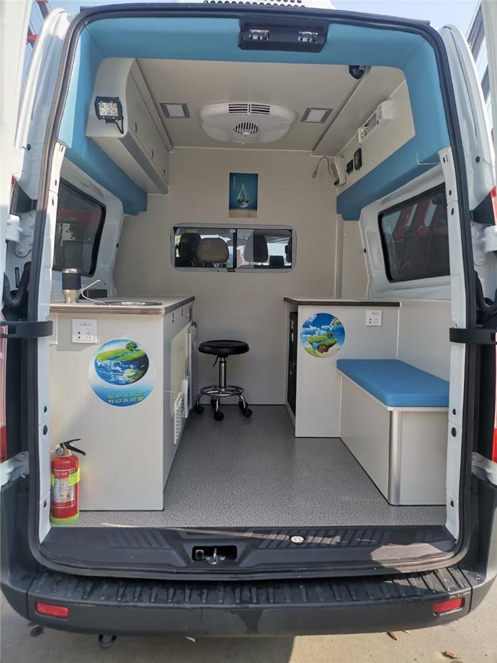 水質采樣車_水質檢測車_福特V362水質檢測車_5人座_新車首發