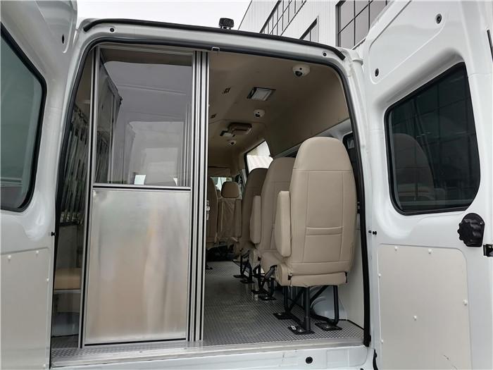 檢察院囚采購_監獄囚車_解押囚車5G聯網_設計最合理的囚車