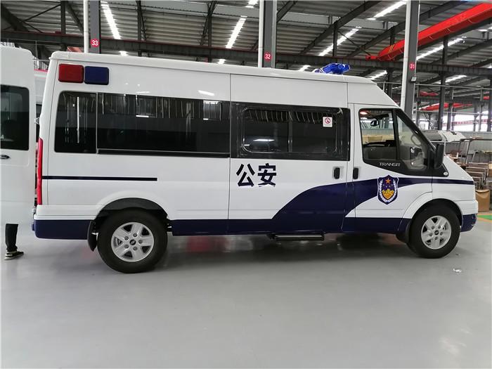 監獄囚車廠家_法院囚車_警用囚車360度無死監控_配置最高的囚車