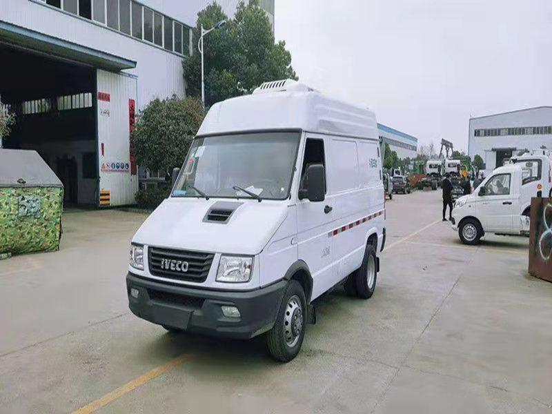 國六依維柯短軸疫苗冷鏈運輸車