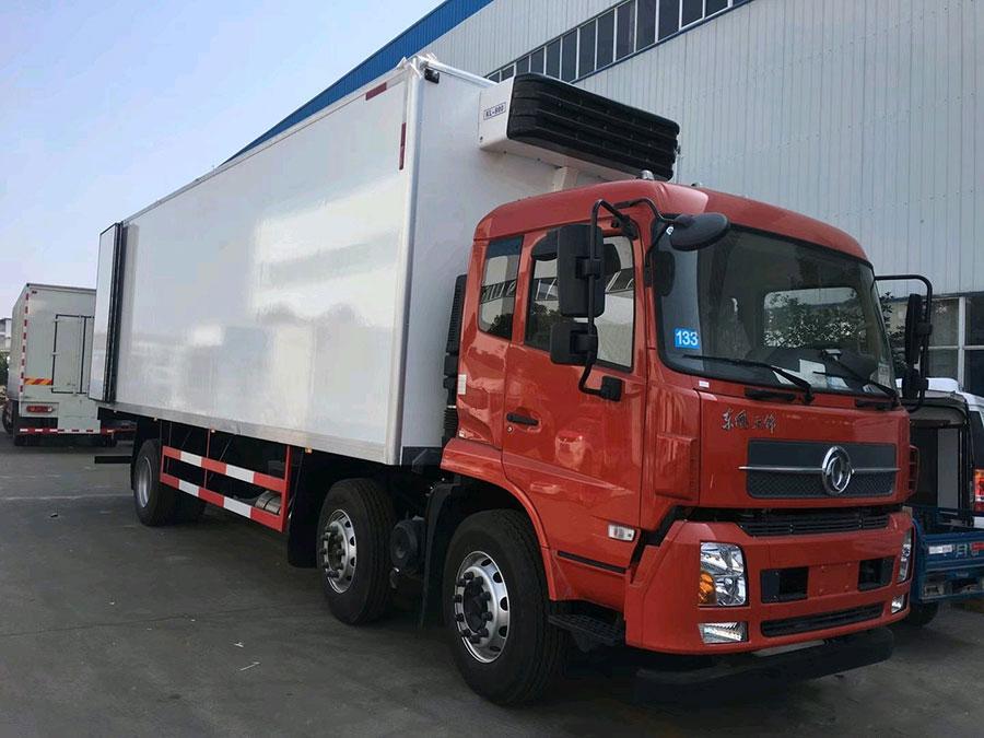 東風天錦KR小三軸冷藏車-7.7-8.6-9.6米冷藏車
