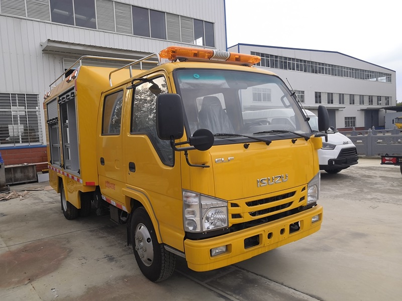 新款五十鈴多功能應急救險車_五十鈴裝備運輸車