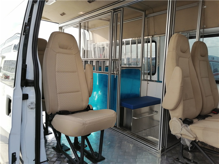 福特囚車價格_福特V348囚車價格_押送囚犯的車_六專四室達標_司法專用囚車