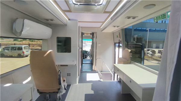 日检测量可达2000管核酸检测车_P2移动实验室车中标_移动实验室车