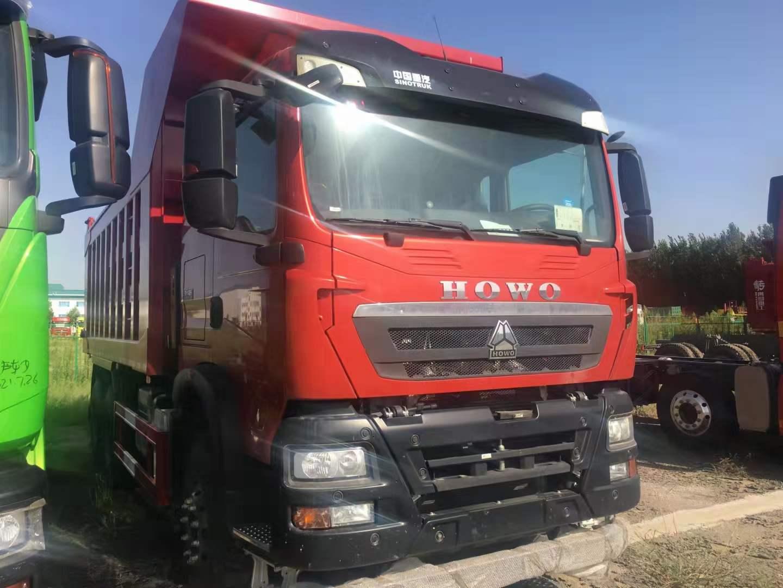 豪沃TX440马力国三后八轮5.8米自卸车可出口
