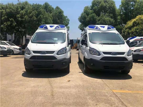 国六新车型福特V362长轴救护车厂家批发价多少钱一辆