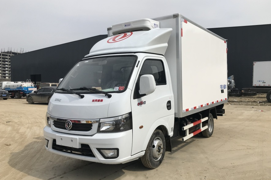 国六蓝牌东风途逸3米5冷藏车多少钱