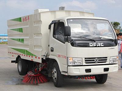 城市清洁好工具   东风多利卡D6扫路车