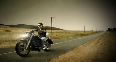 摩托车的驾驶技巧