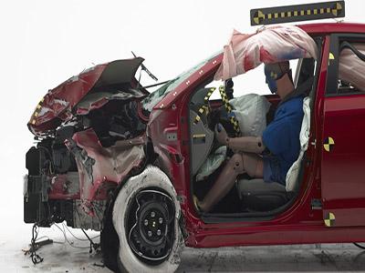 2016上半年美国交通事故死亡数上升9%