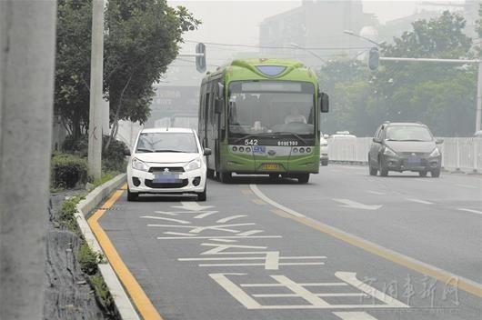 武汉市公交专用车道管理办法已正式实施