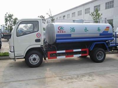 洒水车厂家解密洒水车洒水泵的保养要点