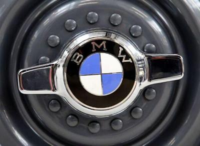 宝马定了一个小目标 明年卖10万台电动汽车