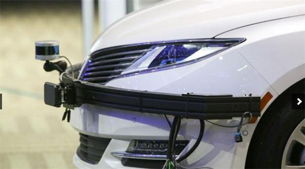 英特尔插足无人驾驶汽车市场 与宝马合作推下一代车