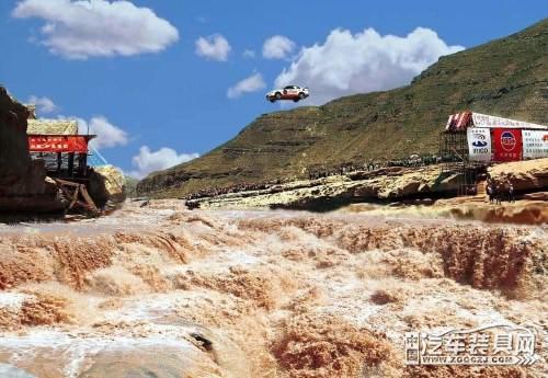 曾经和柯受良一起飞越黄河的那辆车如今哪儿去了?